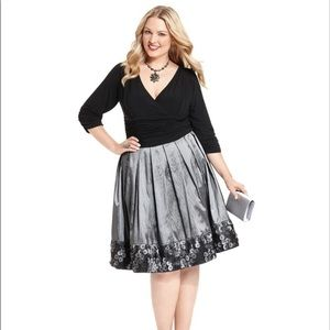 🎄🎁🎄 Dress Perfect For A Holiday Party!!! 🎄🎁🎄